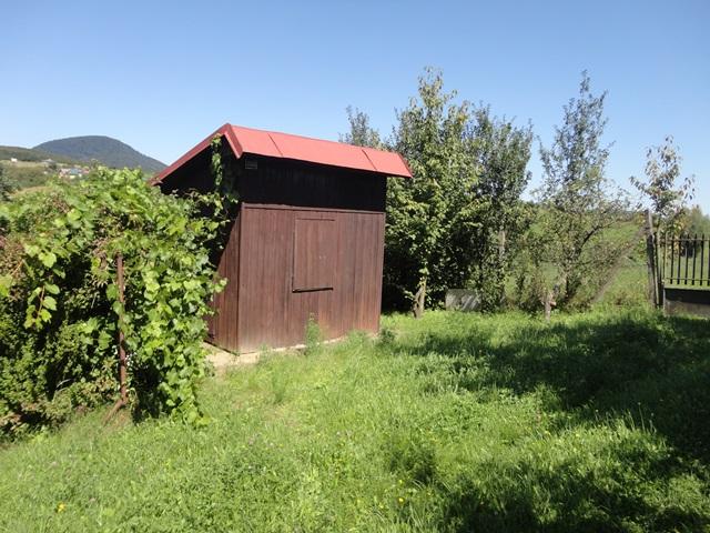 Ponúkame Vám na predaj ZÁHRADU s chatkou v Prešove- Šidlovec