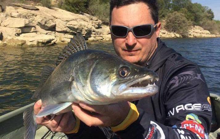 Rio Ebro-rybolov ve Španělsku